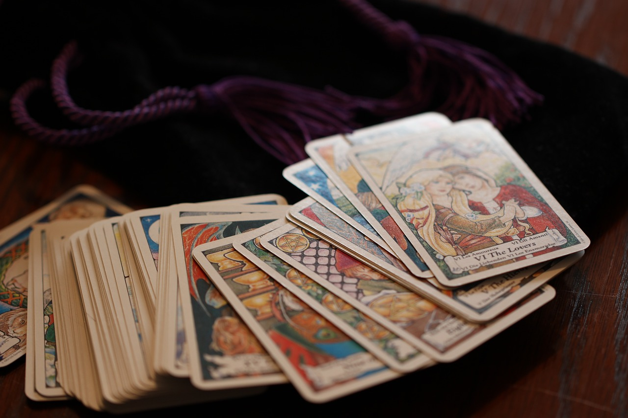 Looking Ahead with Tarot